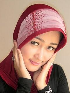 Tips Make Up Wanita Berjilbab Agar Tetap Terlihat Cantik Tren, tips