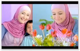 Kehadiran hijab sama penting dengan pakaian yang menutup aurat. di